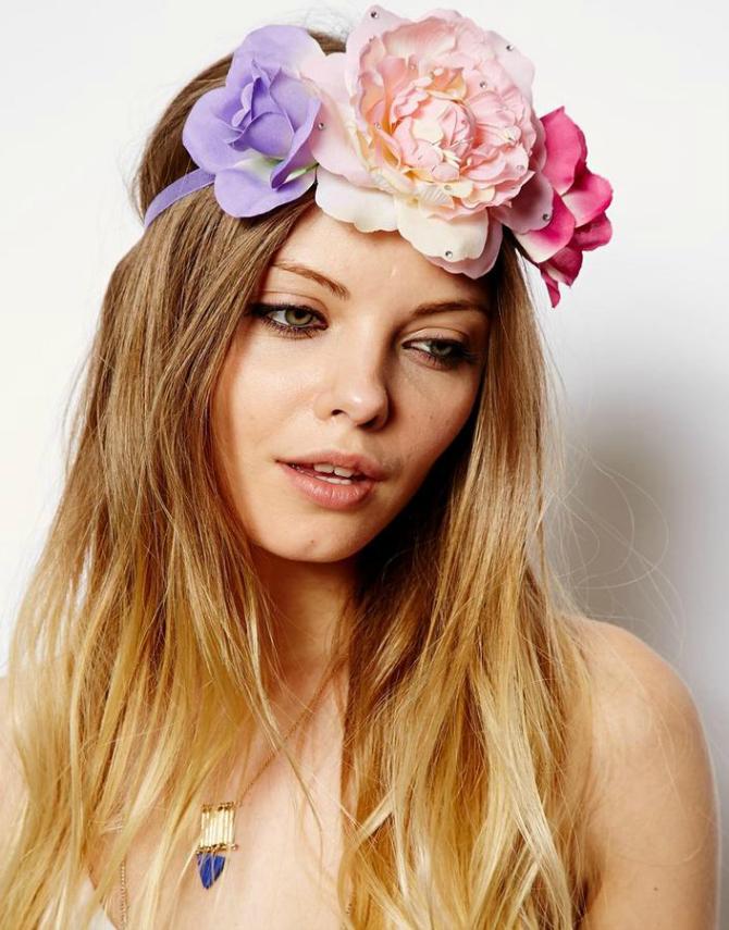 Sareno Cveće u kosi za ROMANTIČNE neveste