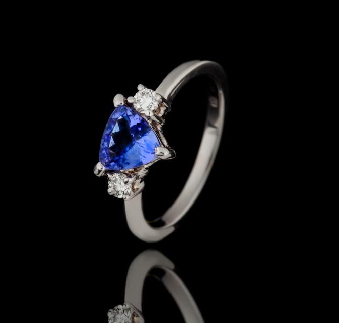 kamen 4 Vereničko prstenje sa dragim kamenom u BOJI koje će vas oduševiti