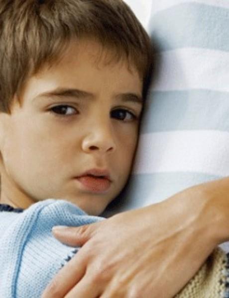 Kada se dete ponaša LOŠE, vi ga zagrlite