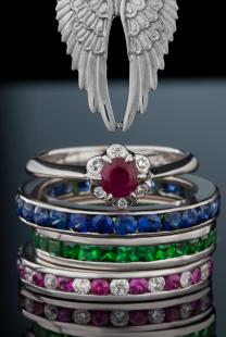 Vereničko prstenje sa dragim kamenom u BOJI koje će vas oduševiti