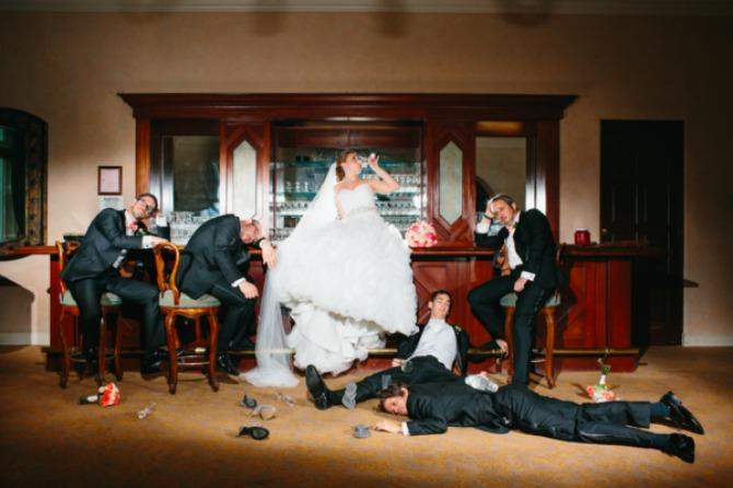svadba Kada se muškarci fotografišu na venčanju, to izgleda ovako! (GALERIJA)