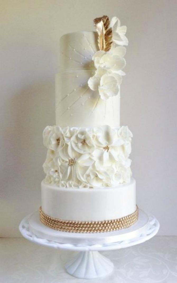 mladenačke torte ukrašene perjem12 Moderne mladenačke torte ukrašene perjem (GALERIJA)