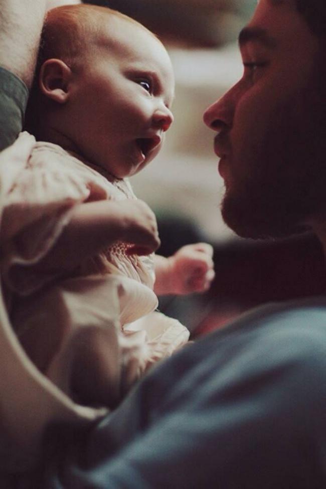 beba 15 Da se rastopiš: Najslađe fotografije srećnih očeva i njihovih beba