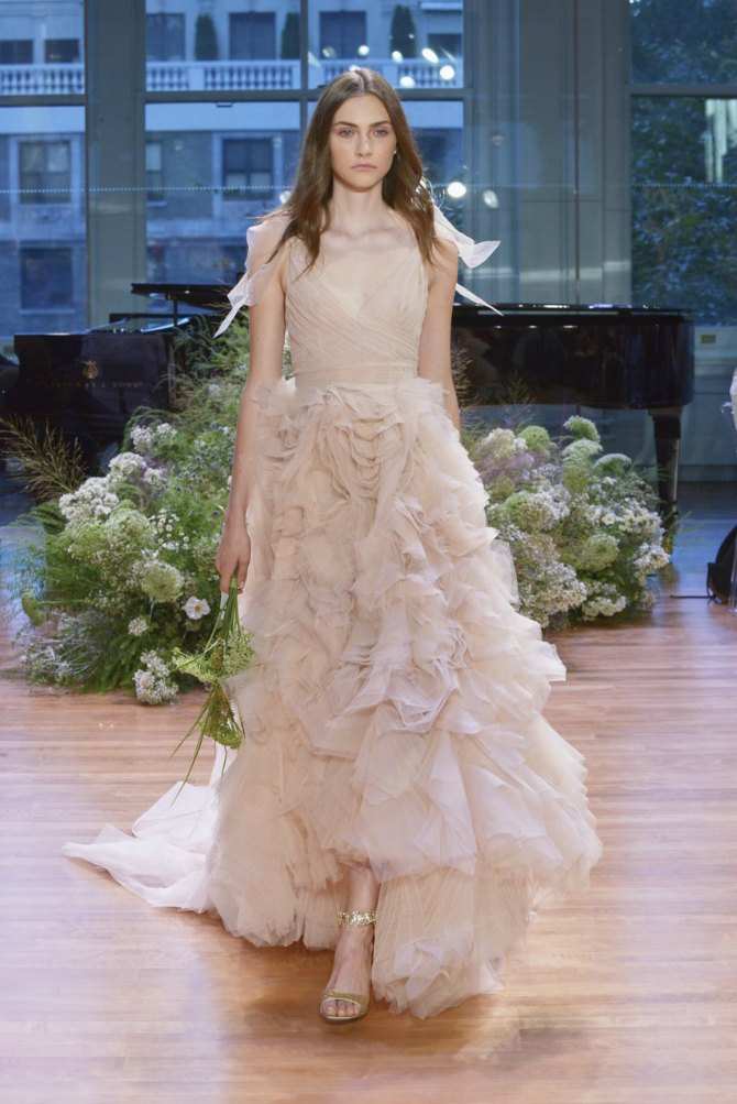 6 Elegantne, nežne i romantične: Najlepše venčanice inspirisane balerinama