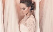 Hair Tutorial: Kako da napraviš savršenu wedding frizuru?