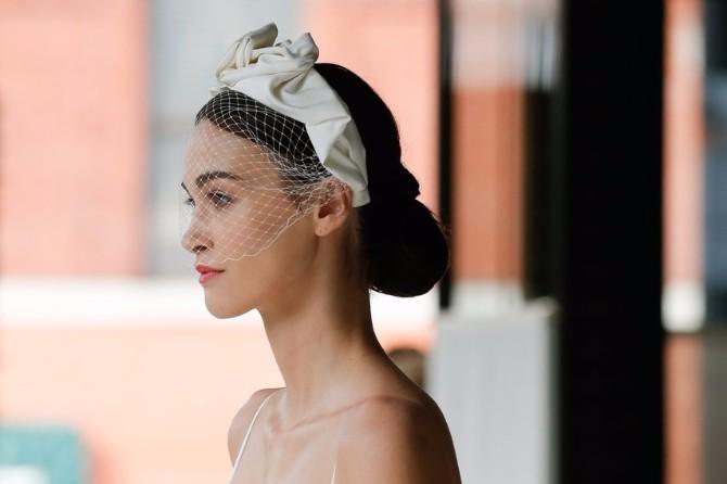 ukrasi za kosu 1 Bridal Fashion Week: Aksesoari koje ćeš želeti da nosiš i to ne samo na venčanju