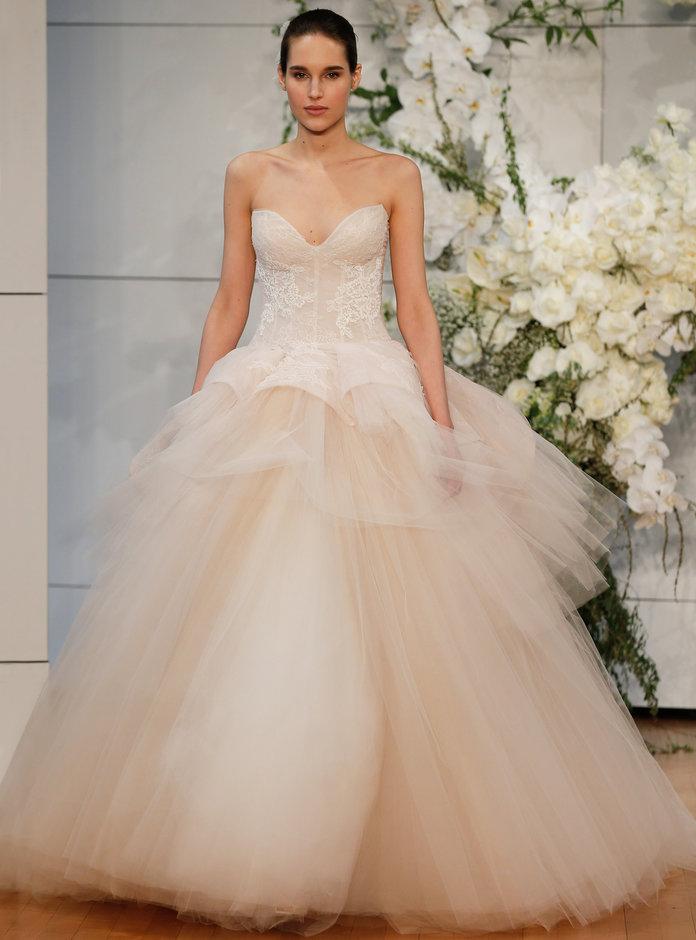 MONIQUE LHUILLIER3 Bridal Fashion Week Spring 2018: Sve venčanice u koje smo se zaljubile na prvi pogled