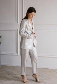Budi drugačija, obuci za svadbu – odelo