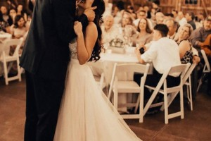 Večita dilema: Treba li da pozoveš na svadbu šefa i kolege?