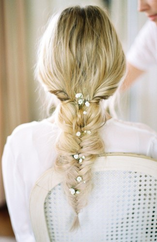Klasične nevestinske frizure sa šlajerom