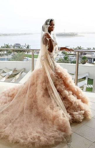 Boja je bitna: Tamnopute dizajnerke venčanica kreiraju haljine – za tamnopute neveste!