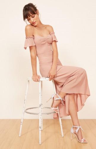 Trendi haljine – za kumu
