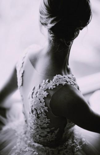 Dragoceni saveti kako da izgledaš fantastično na fotografijama sa venčanja