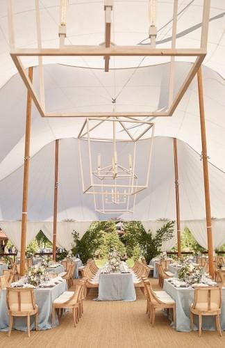 Kako da praktikuješ minimalizam u svadbenoj dekoraciji